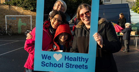 The first morning at Woodgrange Primary for the Healthy School Streets Scheme was a big hit with parents, staff and the children with many more than usual cycling, using scooters and walking to school.