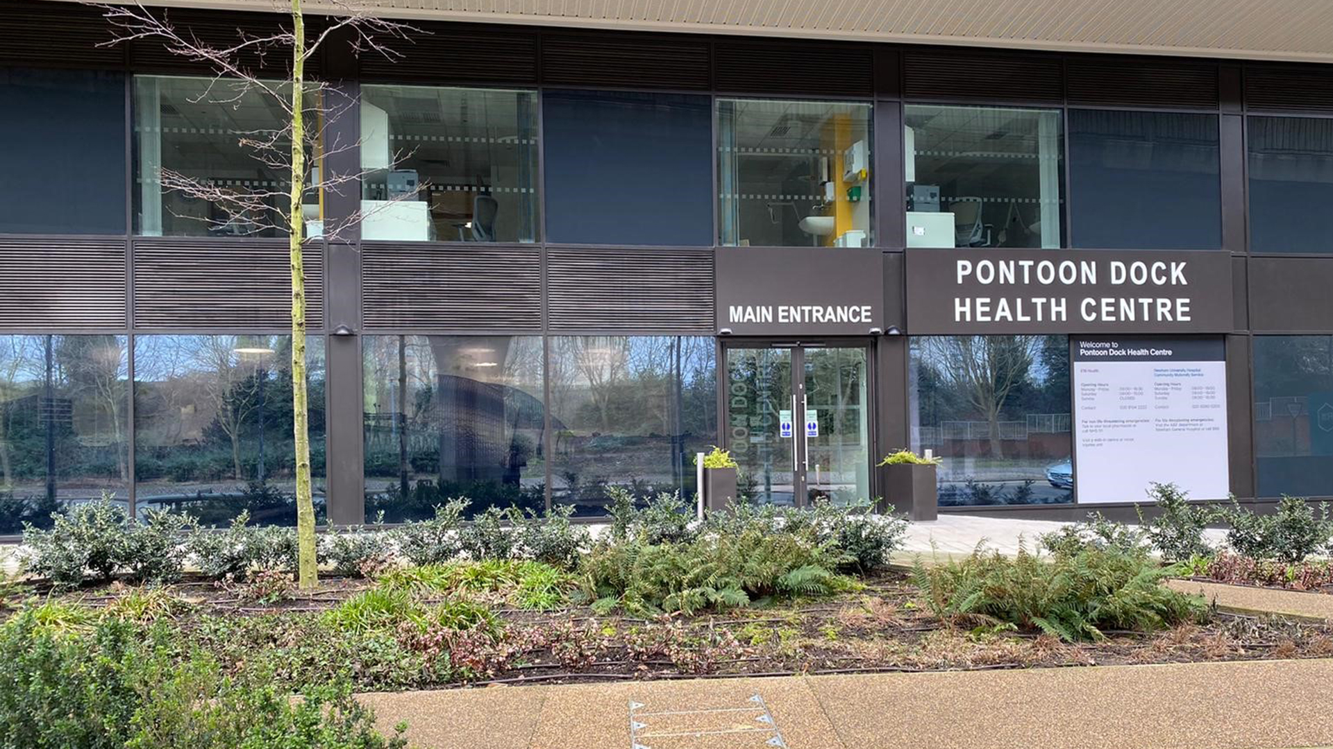 An image showing the main entrance of Pontoon Dock Health Centre